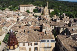 Centre ville et cathédrale d'Usez
