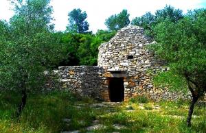 Maison en pierre au Bois des Espeisses